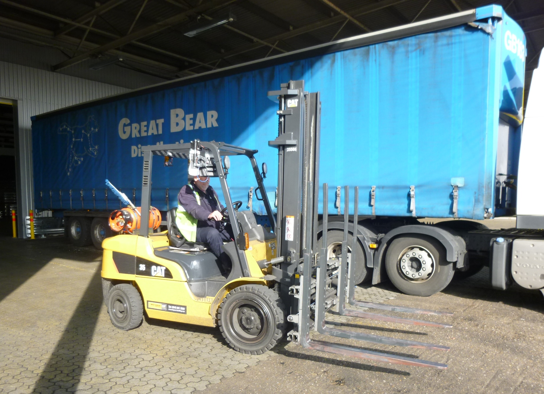 Kaup Double Pallet Handler attachment from B&B Attachments