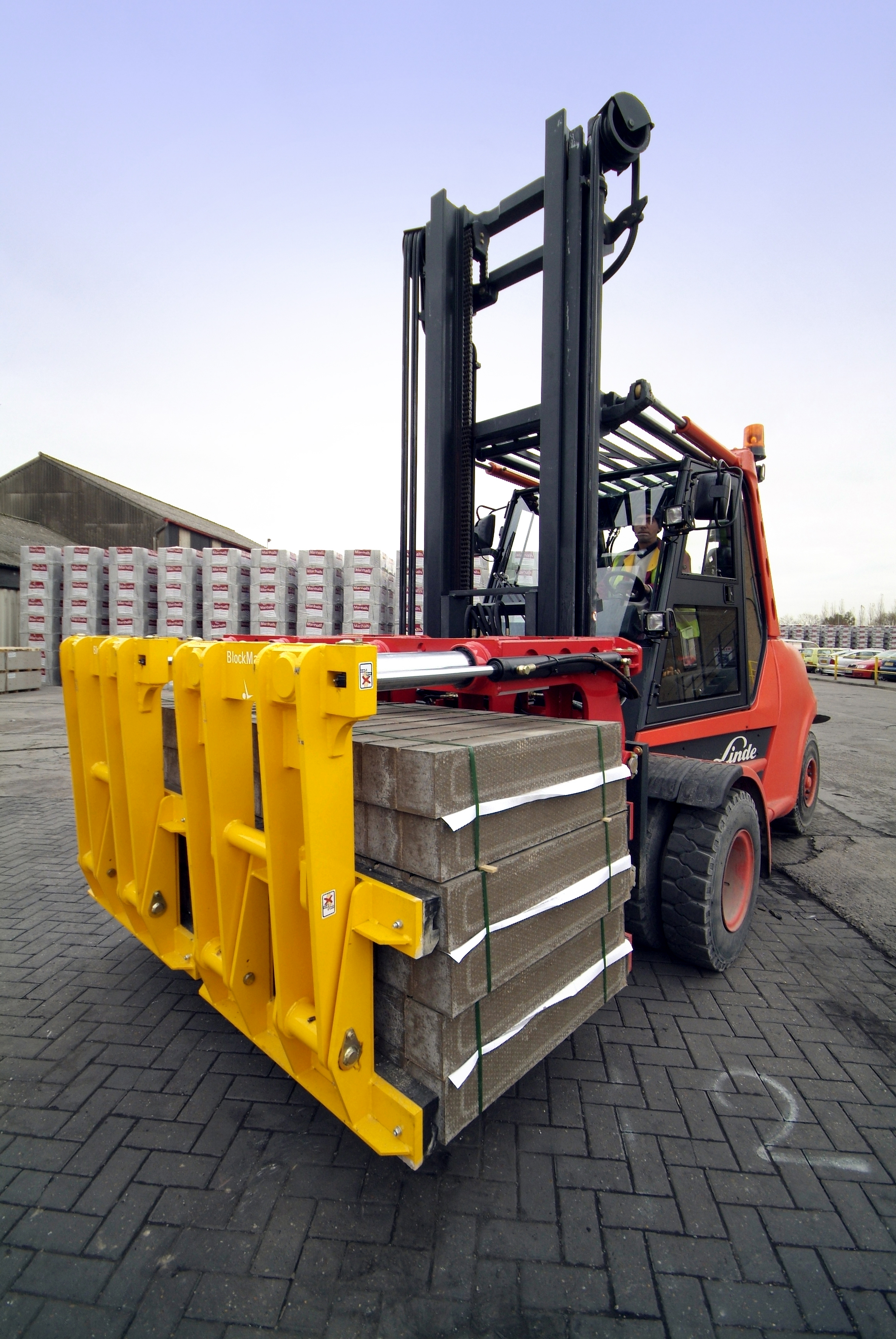 BlockMaster – The Solution for Handling Brick, Block Flag and Kerb from B&B Attachments