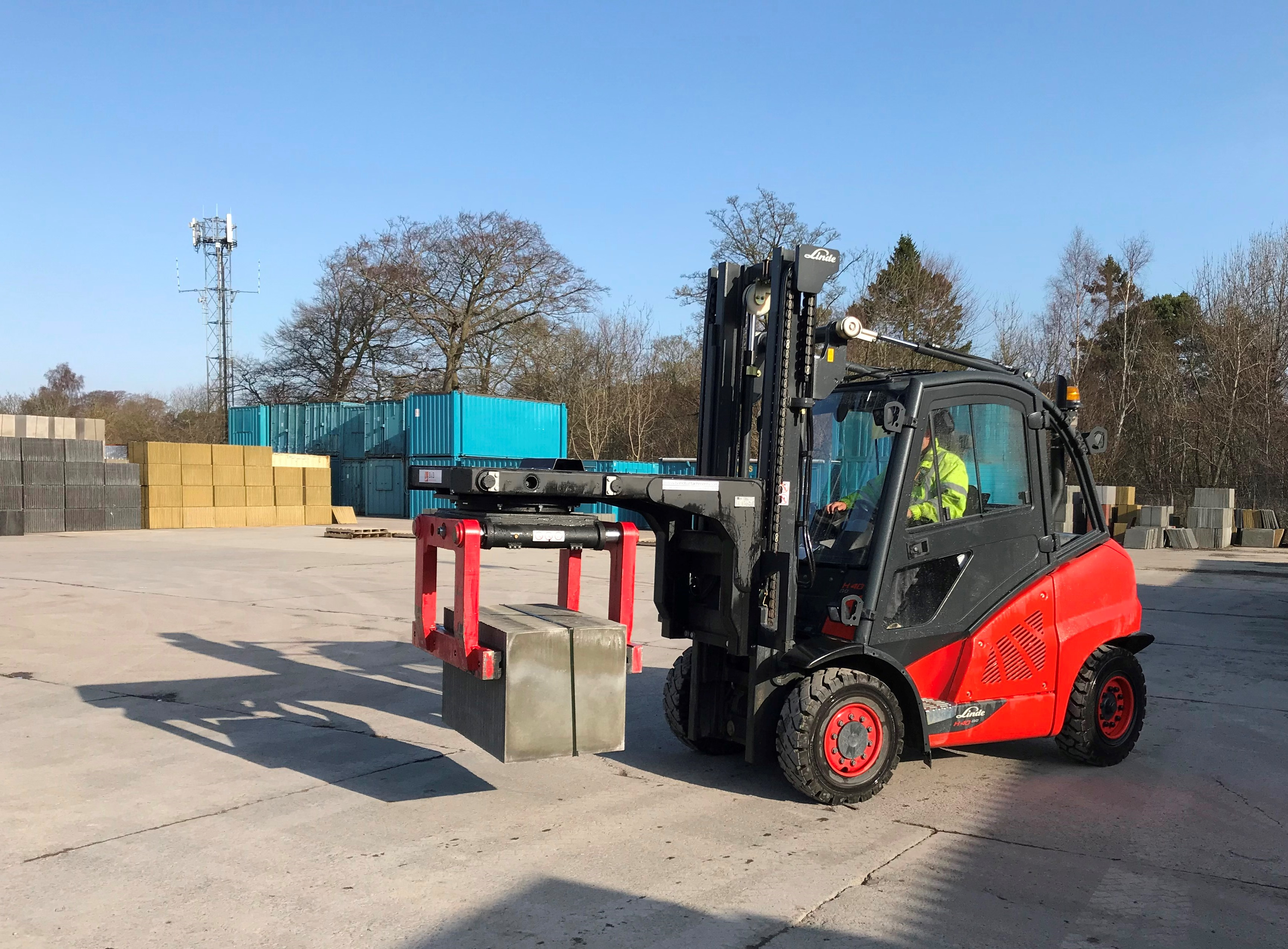 B&B Attachments Provide Handling Solutions to Concrete Products (Kirkcaldy) Limited